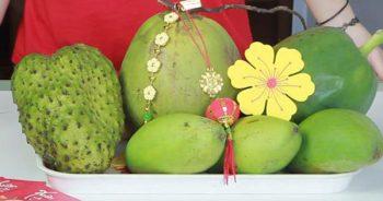 Cách bày hoa quả trên bàn thờ gia tiên HỢP phong tục 3 miền