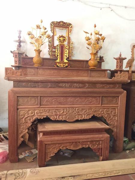 Bố trí bàn thờ trong phòng khách vừa đẹp lại hợp phong thủy