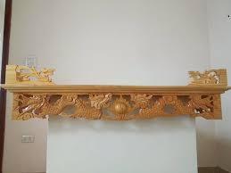 Mẫu bàn thờ treo tường giá rẻ thiết kế họa tiết hình rồng độc đáo