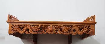3, Bàn thờ treo tường chạm rồng khắc cổ điển
