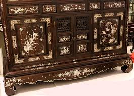 Tổng hợp các mẫu tủ thờ cổ đẹp của từng miền quê Việt Nam